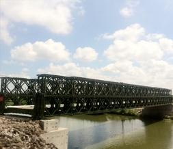 下承式钢便桥