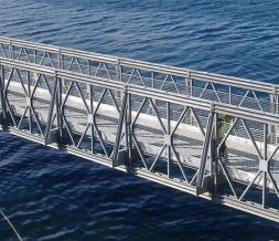 贝雷片钢便桥