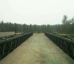 贝雷钢桥桥面板